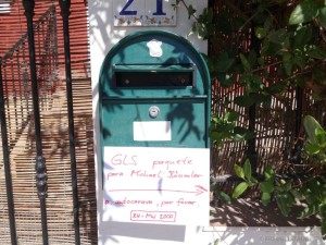 Zetel Am Briefkasten