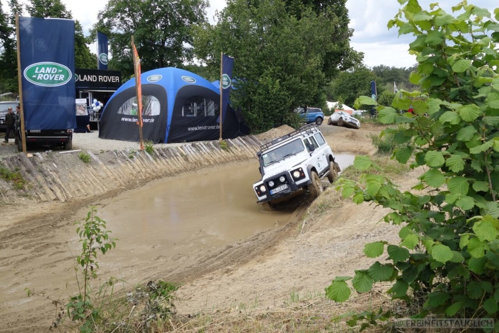 offroad taxifahrt mit land rover